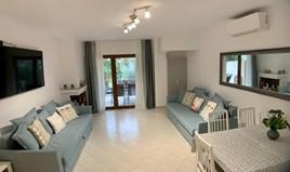 复式住宅 85 m² 位于卡桑德拉(哈尔基季基州)