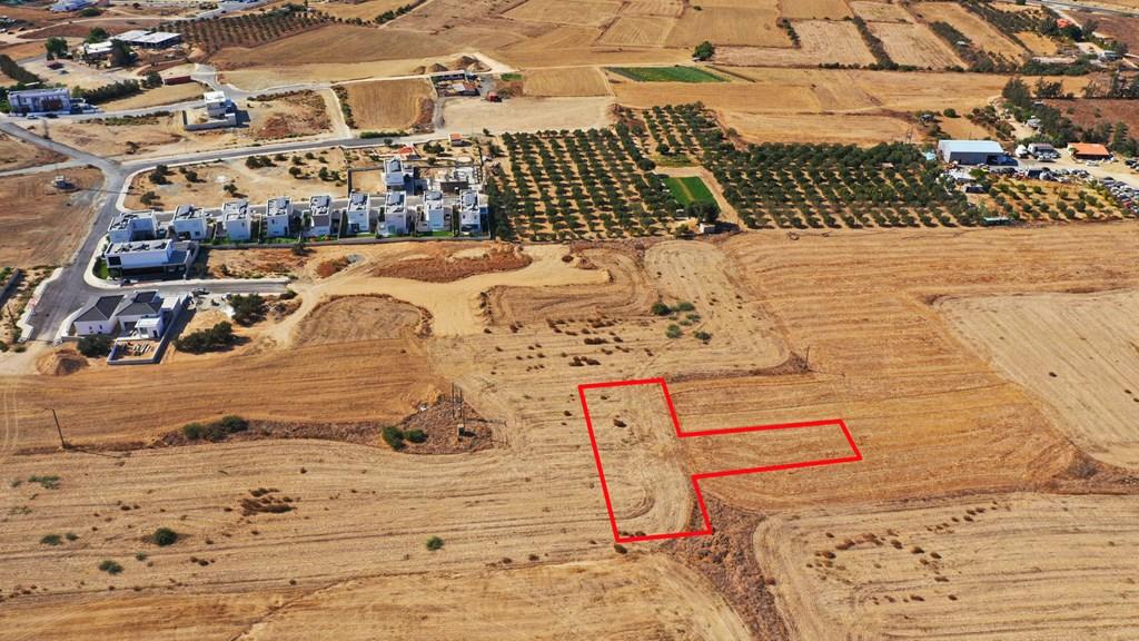 Купить за рубежом землю тонировка дубай