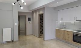 Stan 55 m² u Solunu
