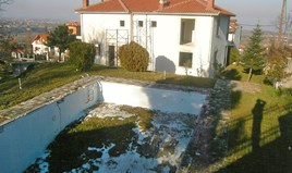 Detached house 400 m² on the Olympic Coast