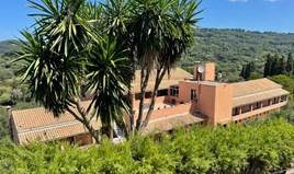 Hotel 1200 m² auf Korfu
