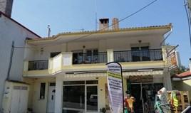 Apartament 120 m² na przedmieściach Salonik