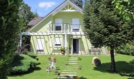 Villa 160 m² on the Olympic Coast