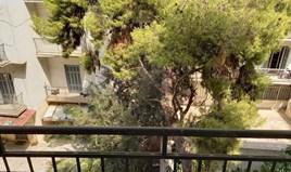 Stan 64 m² u Atini
