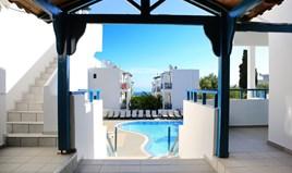 Готель 1900 m² на Криті