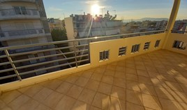 Zweistöckig 135 m² in Athen
