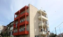 公寓 66 m² 位于塞萨洛尼基