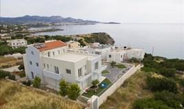 კოტეჯი 570 m² კრეტაზე