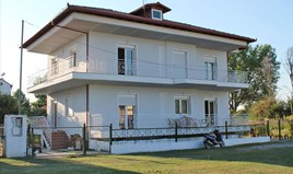 Detached house 230 m² on the Olympic Coast