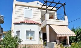 独立式住宅 124 m² 位于伯罗奔尼撒半岛东部