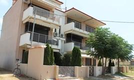 公寓 55 m² 位于哈尔基季基州