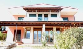 独立式住宅 340 m² 位于阿提卡
