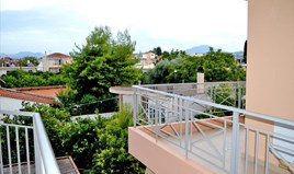Flat 77 m² in Eastern Peloponnese