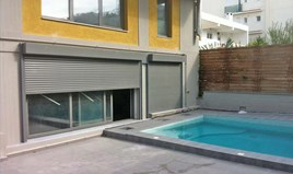 Business 910 m² in Athens