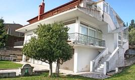 独立式住宅 380 m² 位于塞萨洛尼基