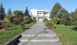 Villa 500 m² on the Olympic Coast