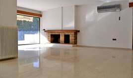 Flat 223 m² in Athens