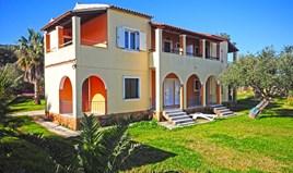 Hotel 210 m² in Corfu