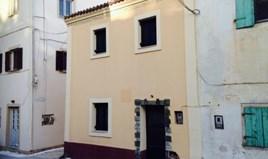 بيت مستقل 110 m² في كورفو