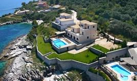 Villa 325 m² in Corfu