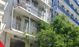 Hotel 600 m² u Atini