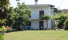 Detached house 200 m² on the Olympic Coast