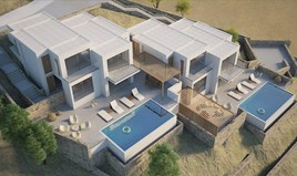 კოტეჯი 400 m² კრეტაზე