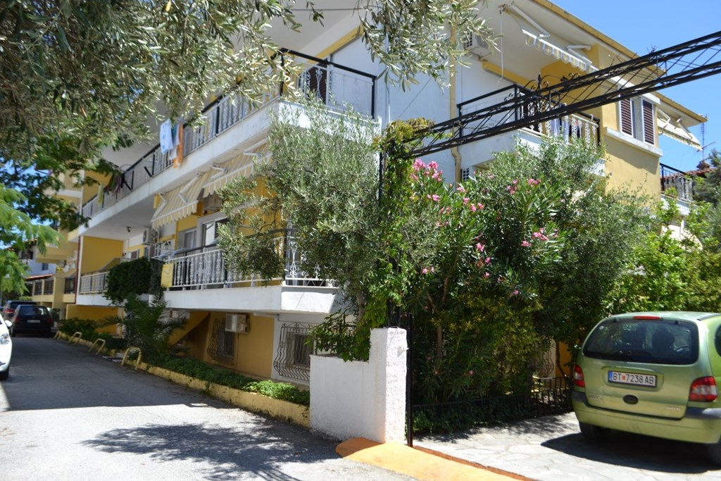Отель купить за рубежом апартаменты ботанический сад