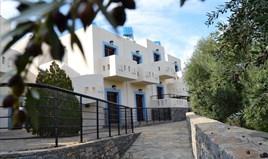 Готель 1100 m² на Криті