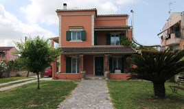 Detached house 234 m² in Corfu