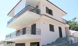 بيت مستقل 192 m² في کاساندرا (هالكيديكي)