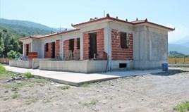 独立式住宅 240 m² 位于奥运海岸