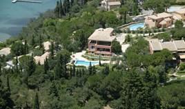 Villa 410 m² in Corfu