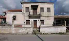 بيت مستقل 148 m² في كورفو