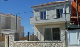 بيت صغير 118 m² في أتيكا