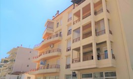 公寓 101 m² 位于哈尔基季基州