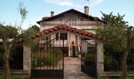 Kuća 120 m² u predgrađu Soluna