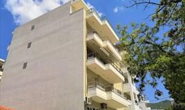 公寓 93 m² 位于哈尔基季基州