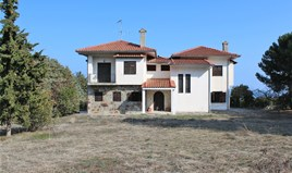 Detached house 350 m² on the Olympic Coast