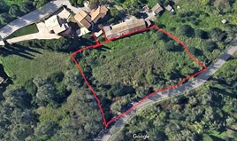أرض 2431 m² في كورفو