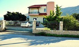 Müstakil ev 225 m² Girit'te