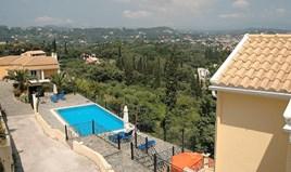 Villa 452 m² in Corfu
