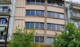 Building 1270 m² 位于塞萨洛尼基
