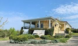 بيت مستقل 200 m² في ضواحي سالونيك