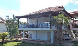 Detached house 220 m² on the Olympic Coast