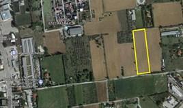 地皮 11000 m² 位于塞萨洛尼基