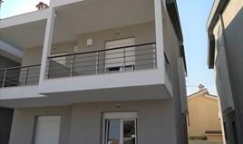 复式住宅 82 m² 位于新马尔马拉斯(哈尔基季基州)