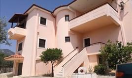 独立式住宅 376 m² 位于路特奇