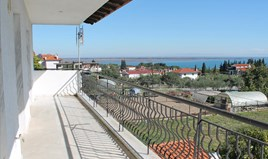 独立式住宅 360 m² 位于奥运海岸