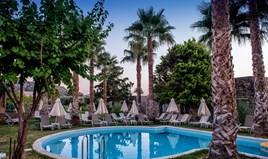 Hotel 12000 m² in Crete